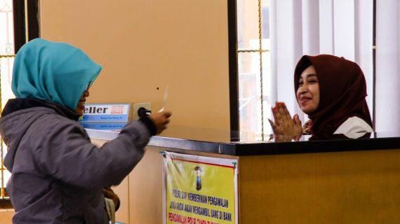 PD. BPR Bank Karanganyar Gandeng PT. USSI Rangkul Hati Nasabah